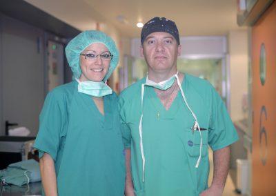 Dr Juan Carlos Casado y Mariela Astudillo, primera cirugía de feminización de la voz en Marbella, España
